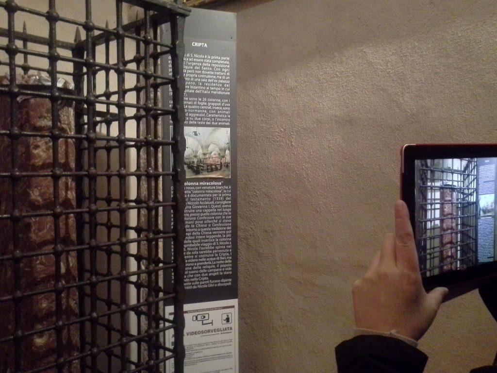 La colonna miracolosa nella cripta-Bari