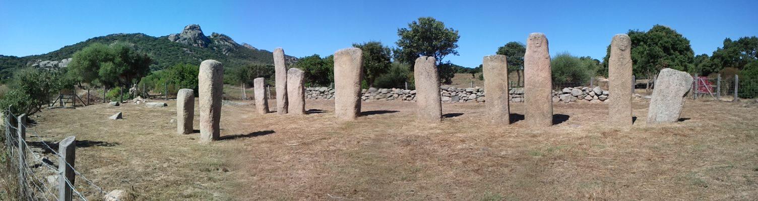 Corsica archeolica. i Mehir