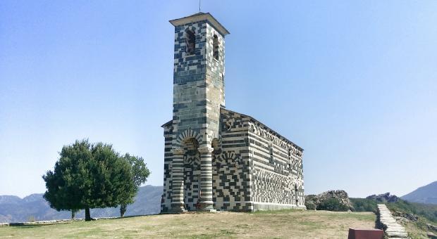 Corsica. Val del Nebbio, chiesetta di San Michele a Murato
